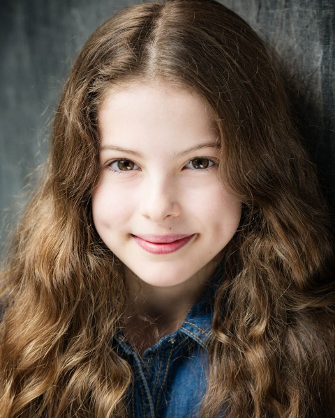 Children's-headshots-Lomdon-MAD-Photography-Grace-Schnieder